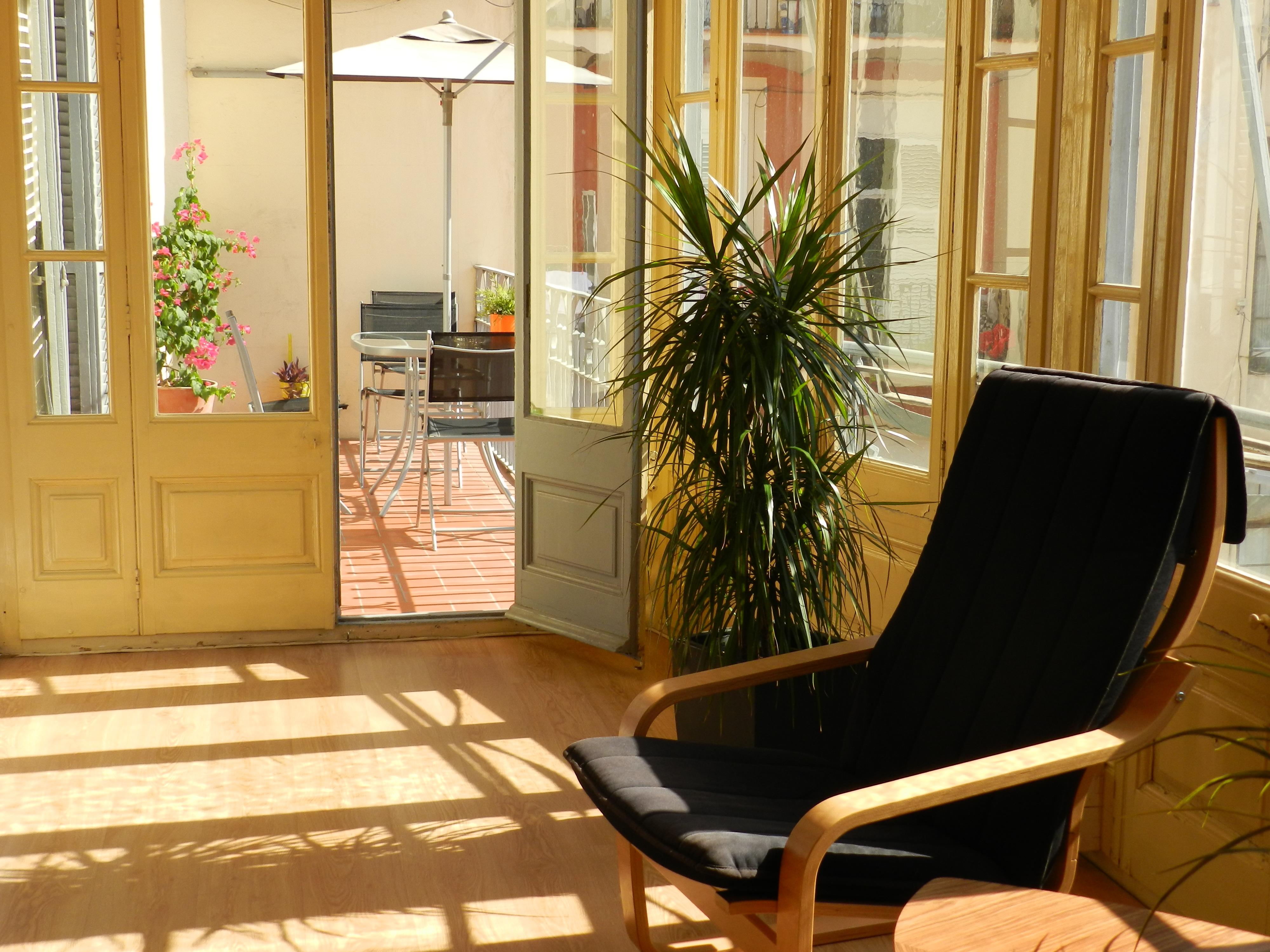 Alquiler sala por horas con galería y terraza